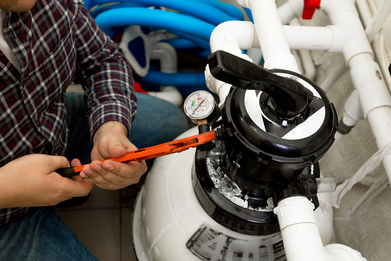 Installing Gas Oil Boilers 3 - SERVICES